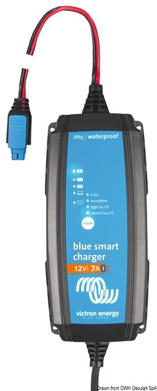 VICTRON Bluesmart watertight battery charger 25 A, 14.273.14